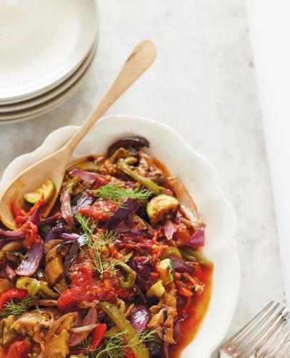 Vegan, vegetarian, omnivore —everyone's welcome at this table