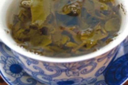 tea steeping in mug